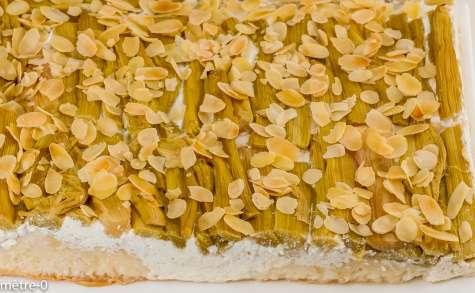 Gâteau brioché à la rhubarbe et à la ricotta