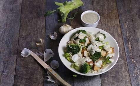 Salade César aux brocolis