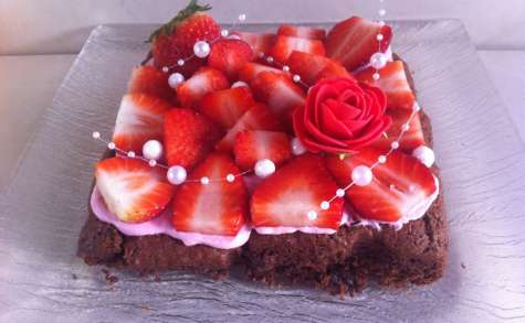 Palet breton chocolat chantilly fraise et fraises fruits