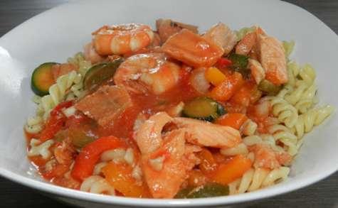 Pâtes aux saveurs de la mer et aux légumes du sud