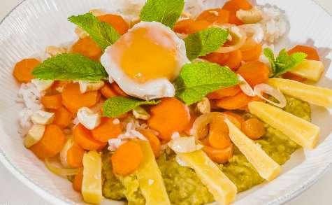 Purée de pois cassés, carottes, riz, oeuf et cheddar