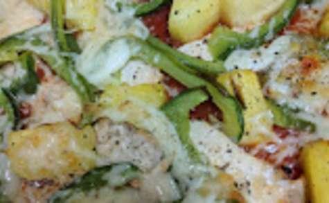 Pizza poivron-poulet-ananas