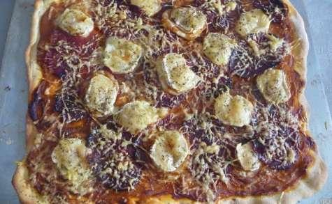 Pizza aubergine chèvre chorizo