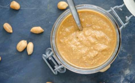 Beurre de cacahuètes crunchy maison