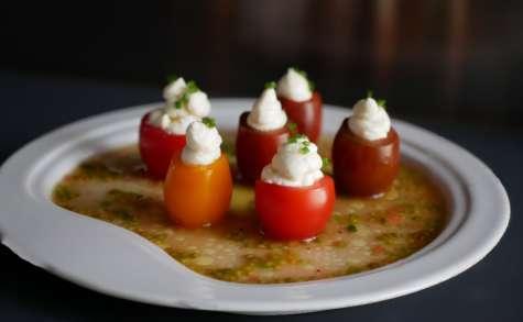 Tomates cerises à la crème de chèvre