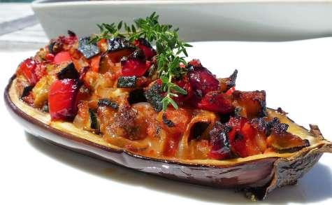 Légumes du soleil confits en coques d'aubergine