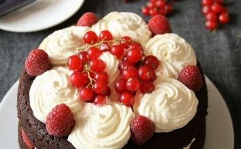 Moelleux au chocolat garni à la crème mascarpone et framboises