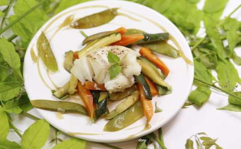 Dos d'églefin et julienne de légumes citron et basilic