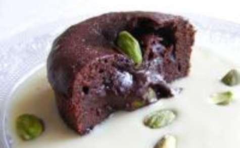 Moelleux au Chocolat Coeur Truffé à la Pistache et leur Crème Anglaise au Café
