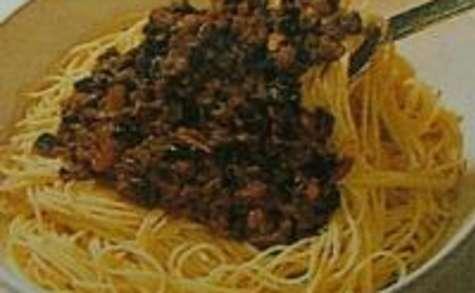 Spaghettis à la Sauce Piquante