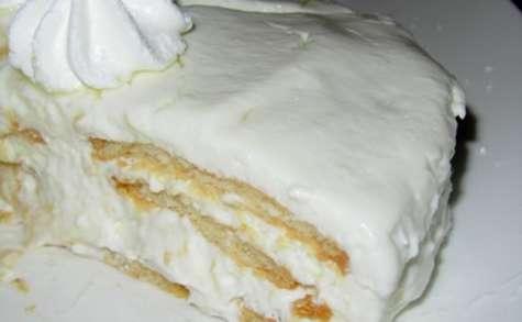 Gâteau mousseux estonien aux biscuits et au fromage (Küpsisetort)