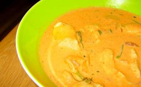 Poulet Panang au lait de coco (curry rouge)