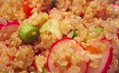 Salade de quinoa, tomate et radis