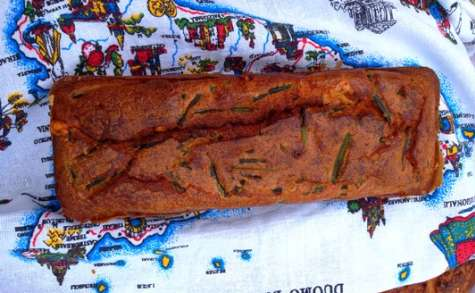 Cake aux asperges et au fromage