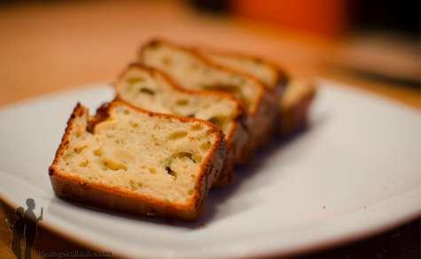 Cake au gorgonzola, miel & romarin