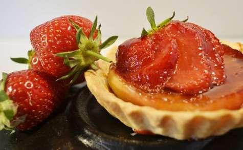 Tarte aux pommes et fraises à la plancha