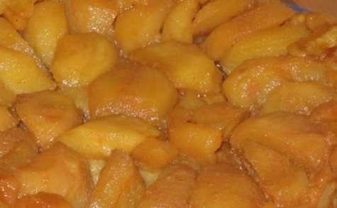 Tarte tatin aux poires et caramel au beurre salé