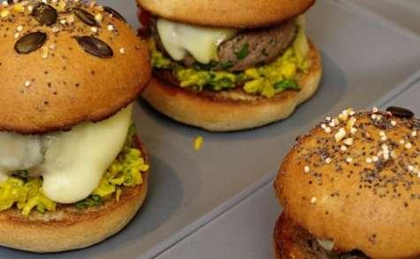 Hamburger acidulé aux légumes croquants