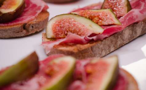 Toasts coppa et figues