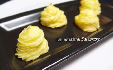 Pommes duchesse à l'huile de truffe