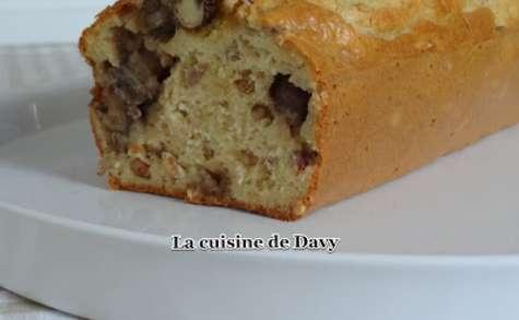 Cake champignons, thon et pignons de pin