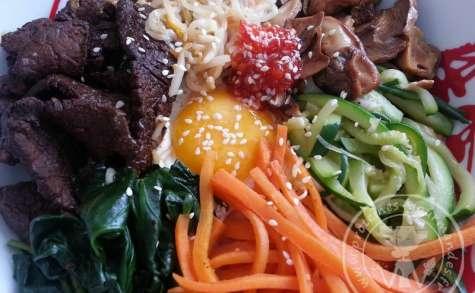 Bibim bap – Riz aux légumes et à la viande