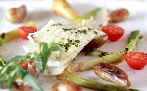 Sole à la vapeur d'estragon et petits légumes