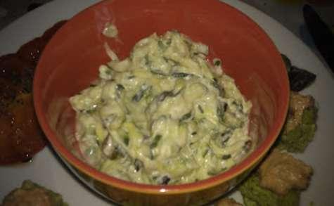 Salade fraîcheur de courgettes et concombres