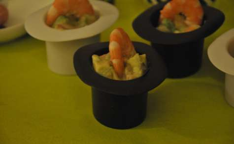 Salade d'avocat, crevette et pamplemousse