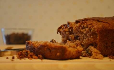 Gâteau yaourt à la farine de châtaigne, aux flocons d'avoine et aux raisins secs