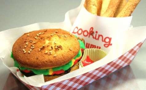 Faux Mac DO ou le hamburger-frites sucré