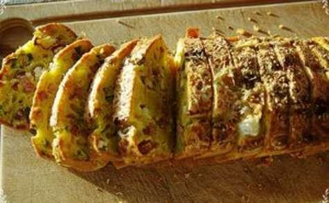 Cake chèvre lardon oignons nouveaux