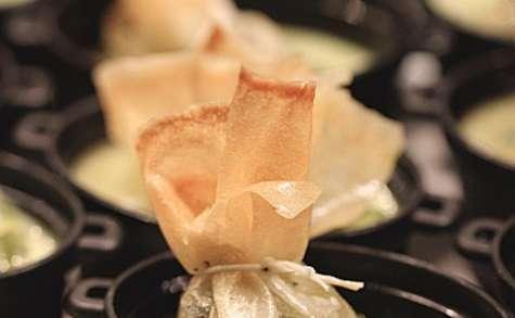 Aumônières d'escargots à la crème de concombre