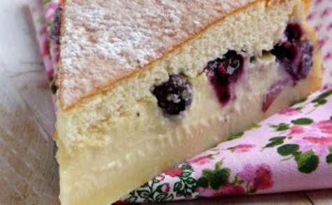 Le gâteau magique aux myrtilles et au citron