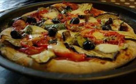 Pizza au légumes grillés