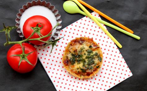 Tomates-Mozza-Basilique
