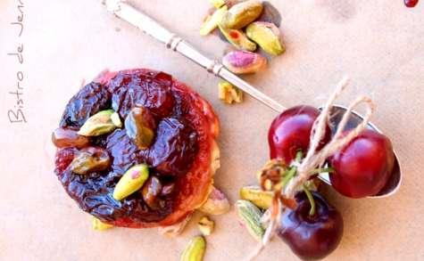 Minis tatins de cerises et pistaches