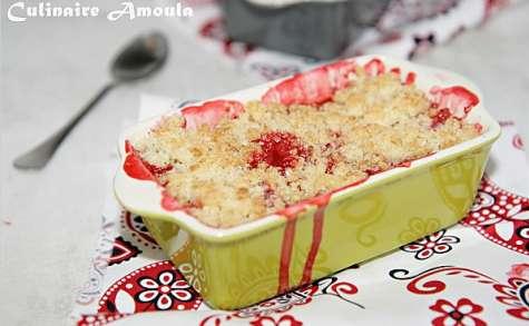 Crumble aux fraises et noix de coco