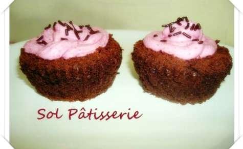 Cupcakes au chocolat et à la betterave