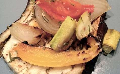 Aubergines et légumes rôtis sans matière grasse