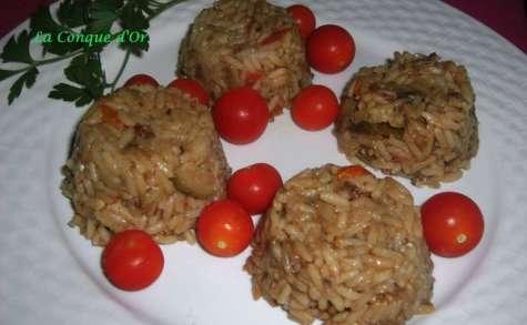 Petits gâteaux de risotto aux légumes d'été