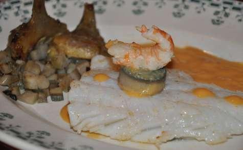 Filet de lieu cuit sur peau, artichaut en 2 façons et artichaut poivrade, sauce langoustine