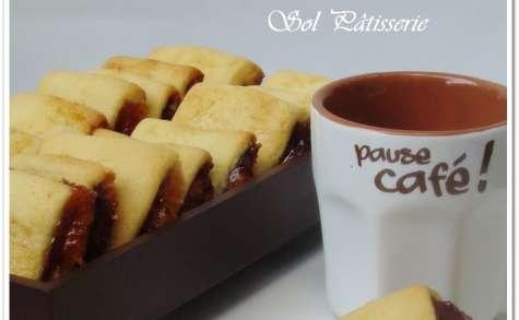 Biscuits fourrés au dulce de patate dulce au chocolat