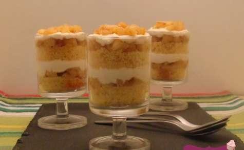 Verrines de naked cake au quatre-quarts et aux pommes caramélisées