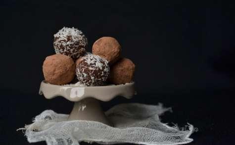 Truffes végétales à la poudre et au beurre de cacao crus