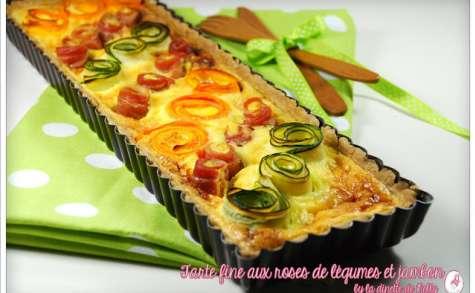Tarte fine aux roses de légumes et jambon cru