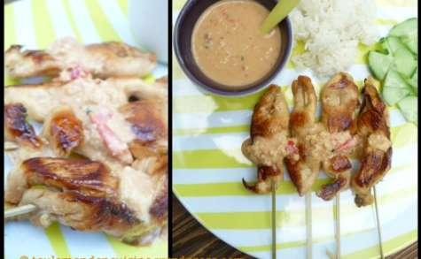 Brochettes de poulet grillé sauce satay