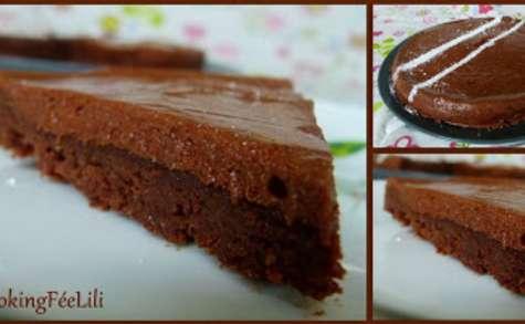 Gateau fondant au chocolat et son glacage mousseux