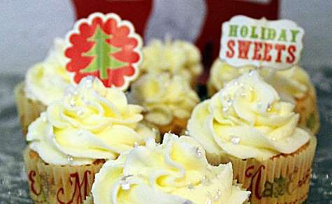 Cupcakes white christmas