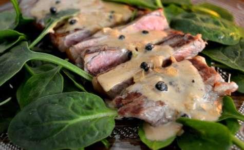 Faux filet de boeuf, sauce au poivre noir de Kampot